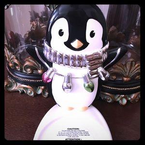 NWT penguin ceramic candle holder